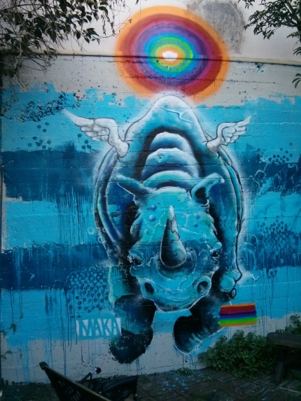 mike makatron : rainbow rhino off the kerb gallery 4d